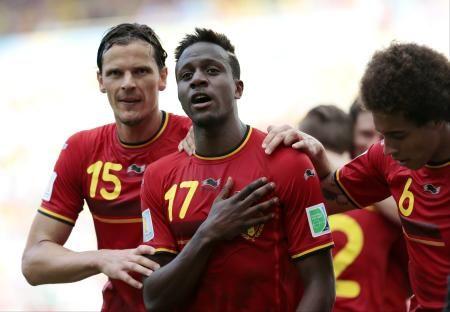 ベルギー代表FWのオリジ(中央)=2014年6月(AP=共同) ▼30Jul2014共同通信|サッカー、オリジがリバプールへ 19歳のベルギー代表FW http://www.47news.jp/CN/201407/CN2014073001000820.html