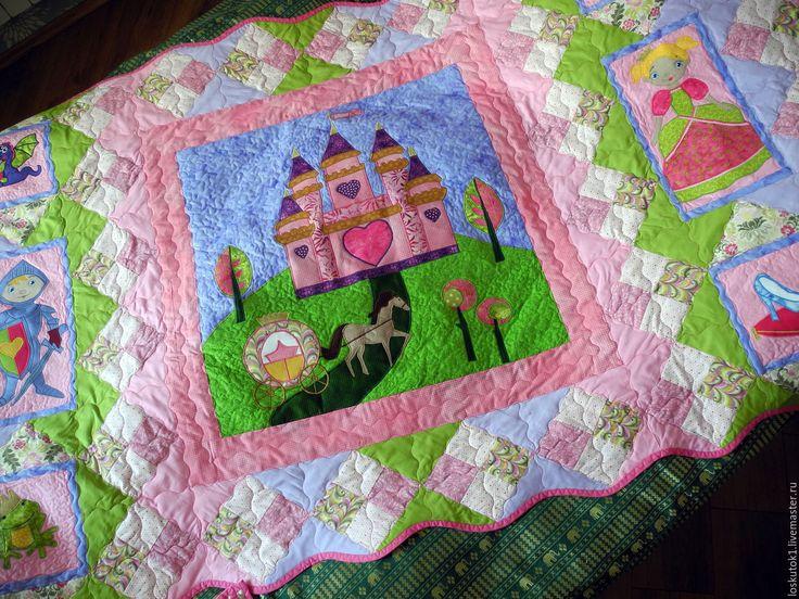 Купить пэчворк покрывало для маленьких принцесс ОДНАЖДЫ В ТРИДЕВЯТОМ ЦАРСТВЕ - розовый, сказка