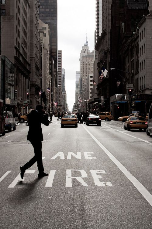 "r2–d2: """" 5th Ave. "" """