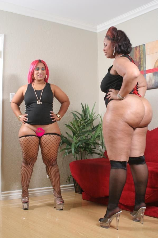 Mature chubby christina and sam bourne together 4