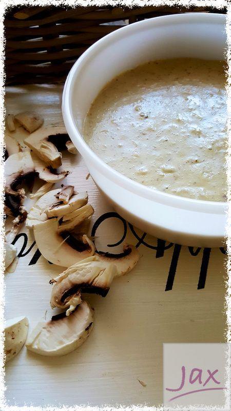 Weg met soep uit blik! Geconcentreerde champignonsoep