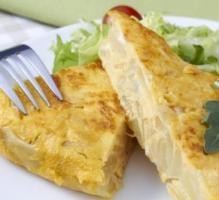 Recette - Omelette aux pommes de terre et Bresse Bleu - Notée 4/5 par les internautes