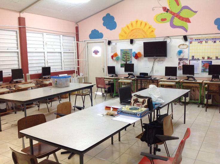 Het computerlokaal van de Sùr Herman Joseph