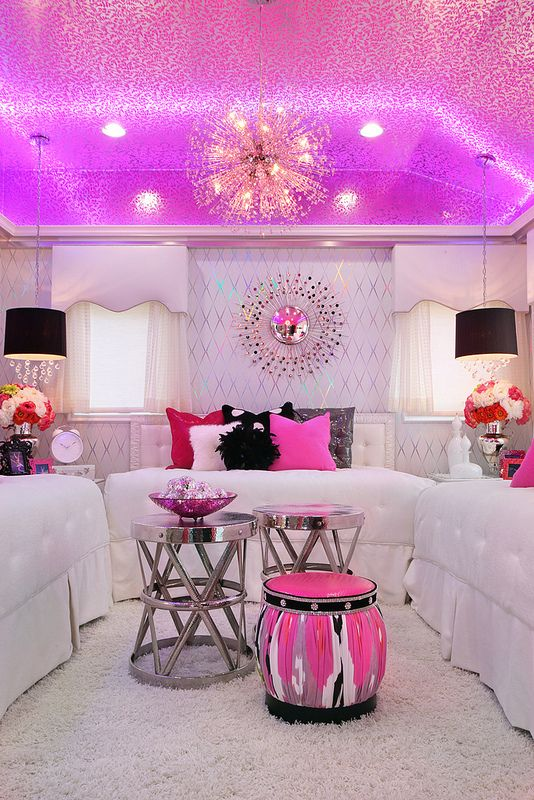 I absolutely love this girlie bedroom! How cool is the pink ceiling?! It would be cool with blue too!!