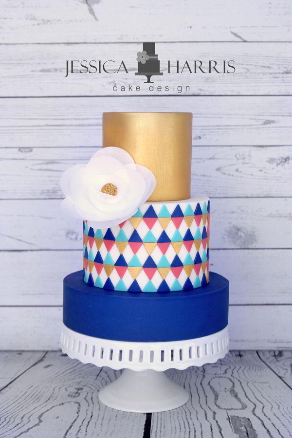 modern wedding cake ~ we ❤ this! moncheribridals.com #goldandblueweddingcake