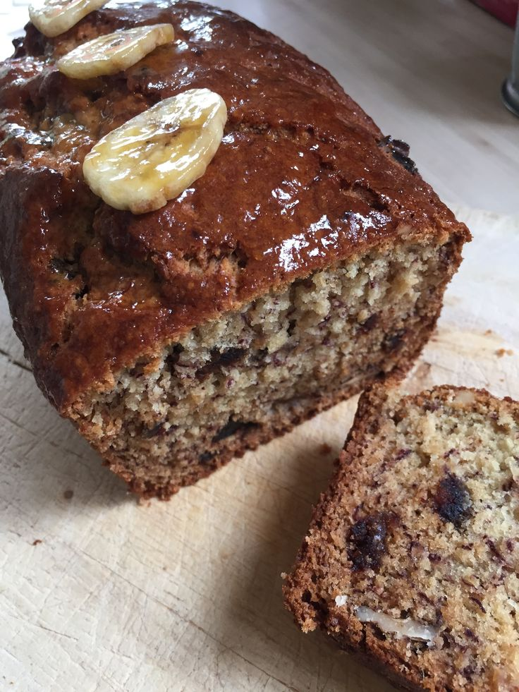 Jane's Banana, Date & Walnut Loaf, good fuel for Marathon training apparently. Delicious moist and reasonably healthy. Equally as good with a cuppa!