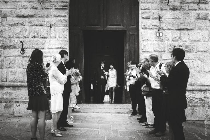 Official wedding ceremony in the medieval tuscan town / Официальная свадебная церемония в средневековом тосканском городе