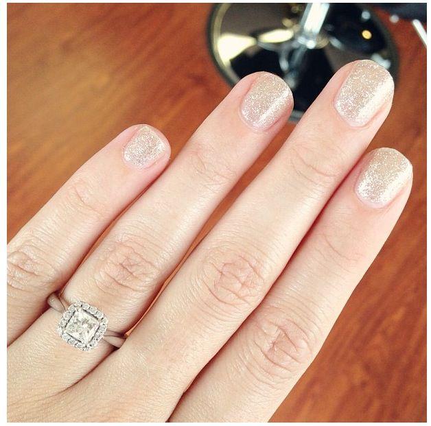 Bridal Gel Nail Polish: Sparkly, Champagne Gel Nails