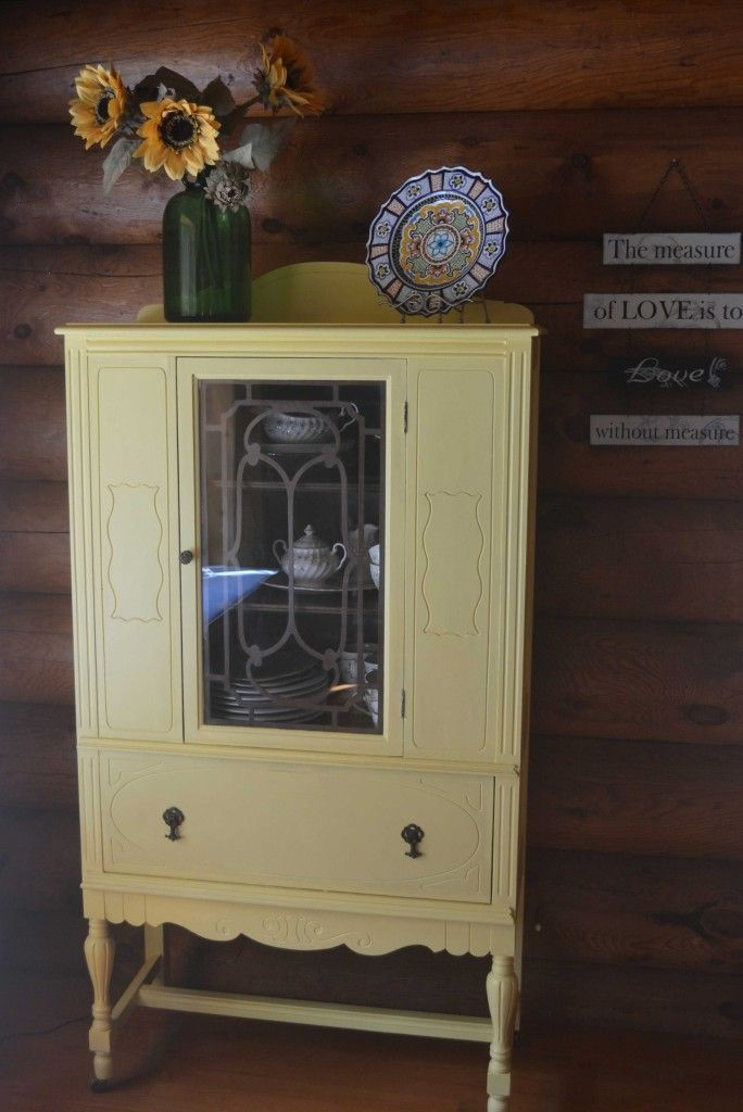Homemade Chalk Paint Hutch Makeover