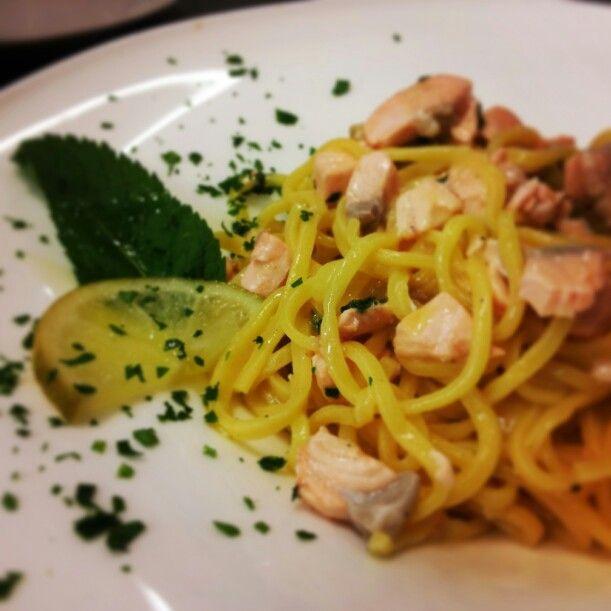 #Taglierini con #salmone selvaggio, #lime e #menta