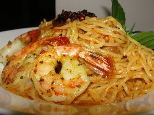 Indomie Noodles with Shrimp #nigerian #food #recipe