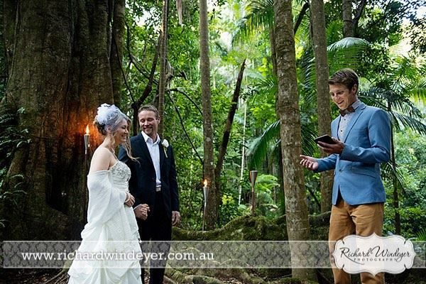 A stunning elopement in paradise from earlier in the year with Kane & Elizabeth! This ceremony was on the date of the Blue Moon & their love story was a once in a lifetime epic adventure! Great shot from Richard Windeyer Photography, who has a great blog of this experience on his website!
