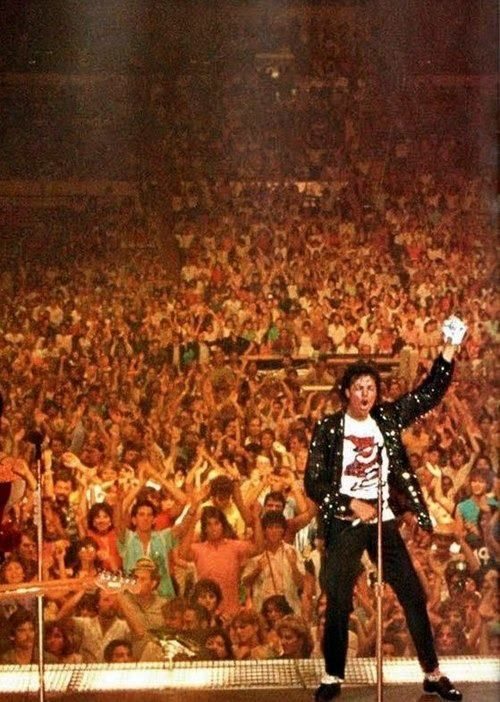This picture is absolutely amazing ~ it shows the following for him & his musical legacy.