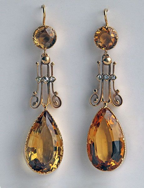EDWARDIAN Drop Earrings  Gold Citrine Diamond H: 5 cm (1.97 in)  W: 1.2 cm (0.47 in)  British, c.1905 Fitted Case Shepherd hook fittings
