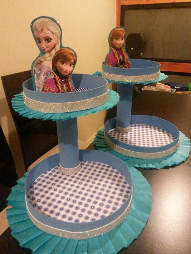 Centros de mesa cumpleaños Frozen Ana y Elsa bandejas cóctel