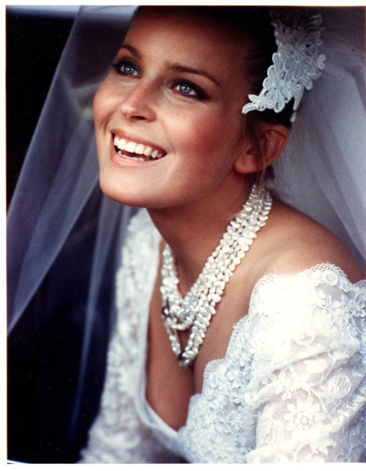 Bo Derek as Bride 8x10 Glossy Photo E4216 | eBay