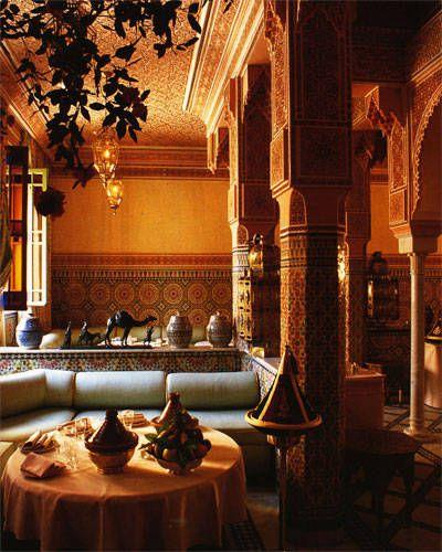 Moroccan dining. Elle Decor -- for more dream homes, visit my board http://pinterest.com/davidos193/dream-homes/