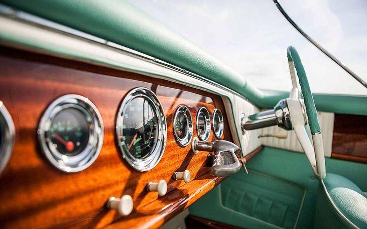 Boesch Boats und Boesch Classic Boats kaufen Sie auf BEST-Boats24. Informieren Sie sich hier über die Werft, technische Besonderheiten & Preise.