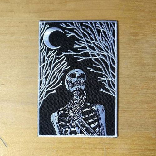 New 🌙💀 Patch by @baileyillustration. • Available now in his online store, click the link in his bio, pick one up today. • #baileyillustration #patch #moon #patches #art #forest #skull #death #doom #embroideredpatch #patchgame #🌙💀