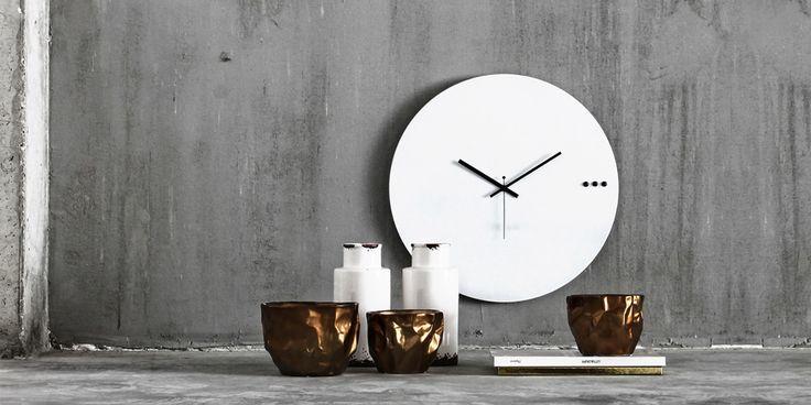 Ρολόγια τοίχου. Wall clock tre white 95€ | xline ρολογια τοιχου