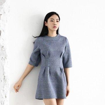 [Gray Swan Dress] A #dress featuring a marled grey print. Round neckline. Short sleeves. Back zipper placket. Pleated waist. #Feminine look. Very soft and comfortable feel. #pleateddress #greydress #graydress #koreandress #asiandress #models #fashion2ne
