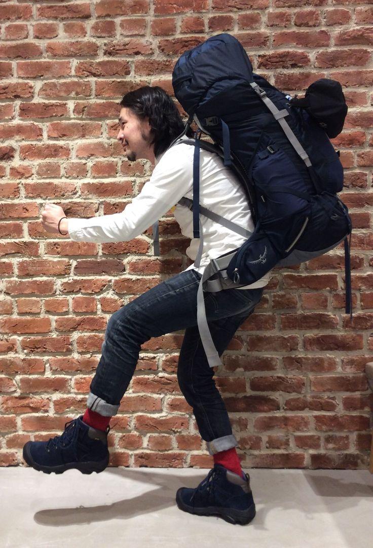Pyrenees 「PYRENEES(ピレニーズ)」は、伝統的なマウンテンブーツのスタイルを継承したアッパーに、KEENオリジナルの現代的なソールユニットを搭載したライトウェイトトレッキングブーツ。☆Designed by Kazuhiro Kai from 《BAMBOO SHOOTS》