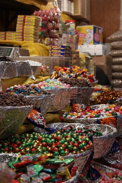 Puesto de dulces en un mercado de Puebla, México.