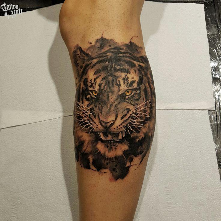 Tattoo feita pelo Eric  Para consultas e agendamentos: Av. Dr. Cardoso de Melo, 320 - Vila Olímpia - 3044-1504