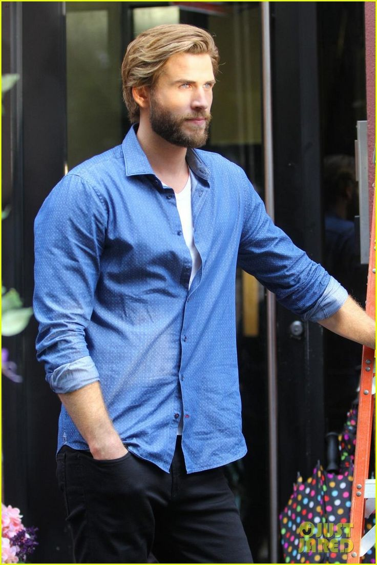 Liam Hemsworth Gets 'Romantic' with Rebel Wilson in NYC!   liam hemsworth rebel wilson film isnt it romantic in nyc 06 - Photo