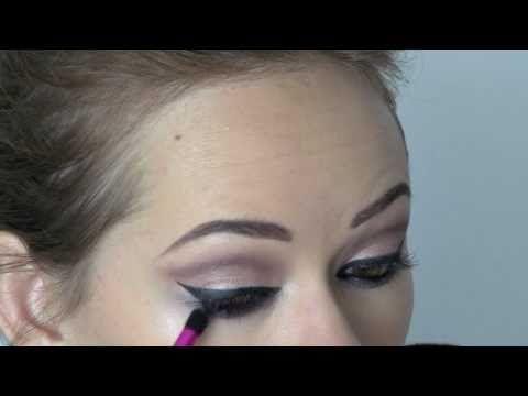 Beyoncé 'Why Don't You Love Me' makeup tutorial. One of my top 5 favorite makeup tutorial vids!