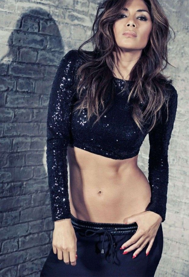 Nicole Scherzinger Missguided Swimmers Collection, Nicole Scherzinger Dresses Photoshoot