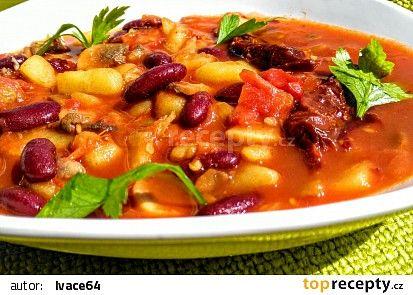 Houbovo - fazolová směs s chilli a rajčaty recept - TopRecepty.cz