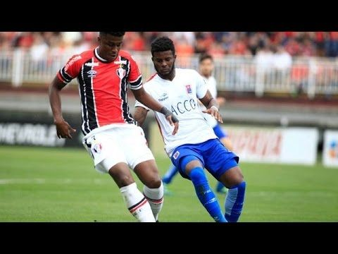 Joinville vs Parana Clube - http://www.footballreplay.net/football/2016/10/15/joinville-vs-parana-clube/