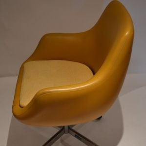 100 ideas to try about mobilier ann e 50 wooden chairs for Chaise scandinave montreal