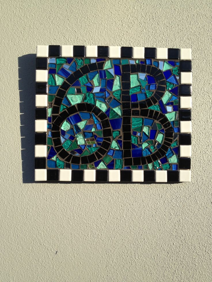Glass mosaic with tile edge