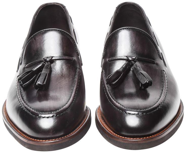 Rosso Fiorentino - Scarpa in  pelle di vitello cayenne tinto a mano. Fondo cucito black extralight.