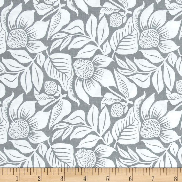 Modern Mixers III Large Floral Gray from @fabricdotcom  From Studio E Fabrics, this cotton print collection features bold, modern, prints and bright colorways. Perfect for quilting, apparel, and home decor accents. Colors include grey and white.