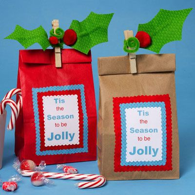 The Gift of Giving holiday treat bags #pinittowinit