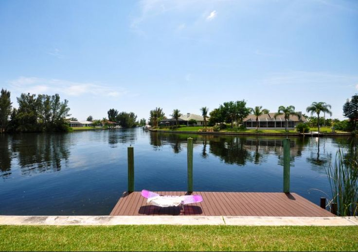 The 25 best places to retire in 2014 cape coral fl for Best places to retire in florida