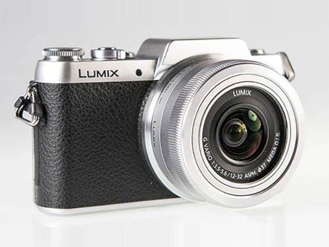 Panasonic Lumix GF7 : l'appareil photo hybride à l'écran tactile inclinable