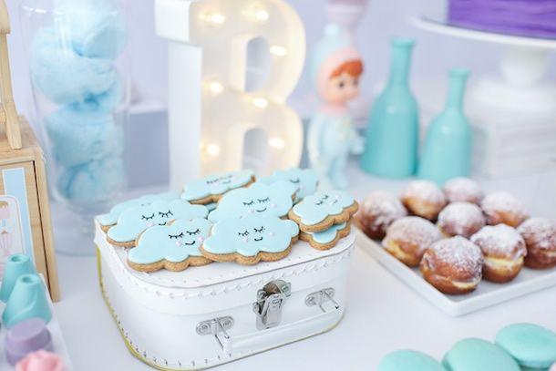 biscoitinhos de nuvens para festa infantil.