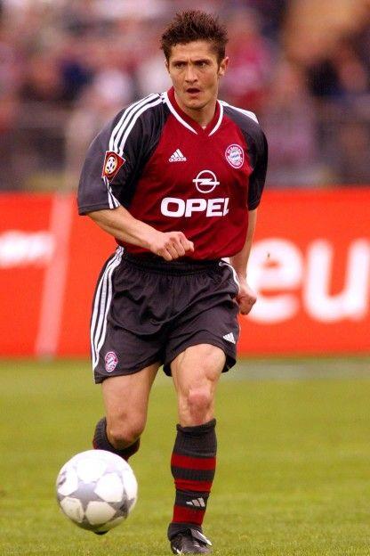 Bixente Lizarazu. One of the best left backs ever.  France/Bordeaux/fc Bayern.