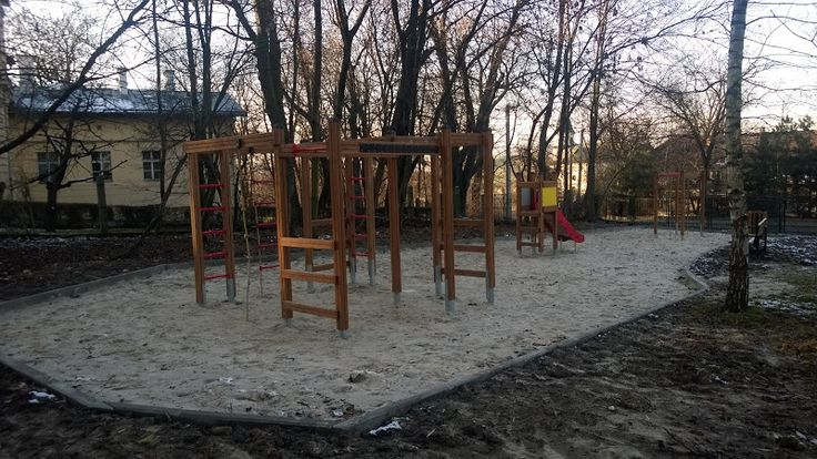 Inwestycje na południowym wschodzie - Stary BIeżanów, plac zabaw ul. Popiełuszki