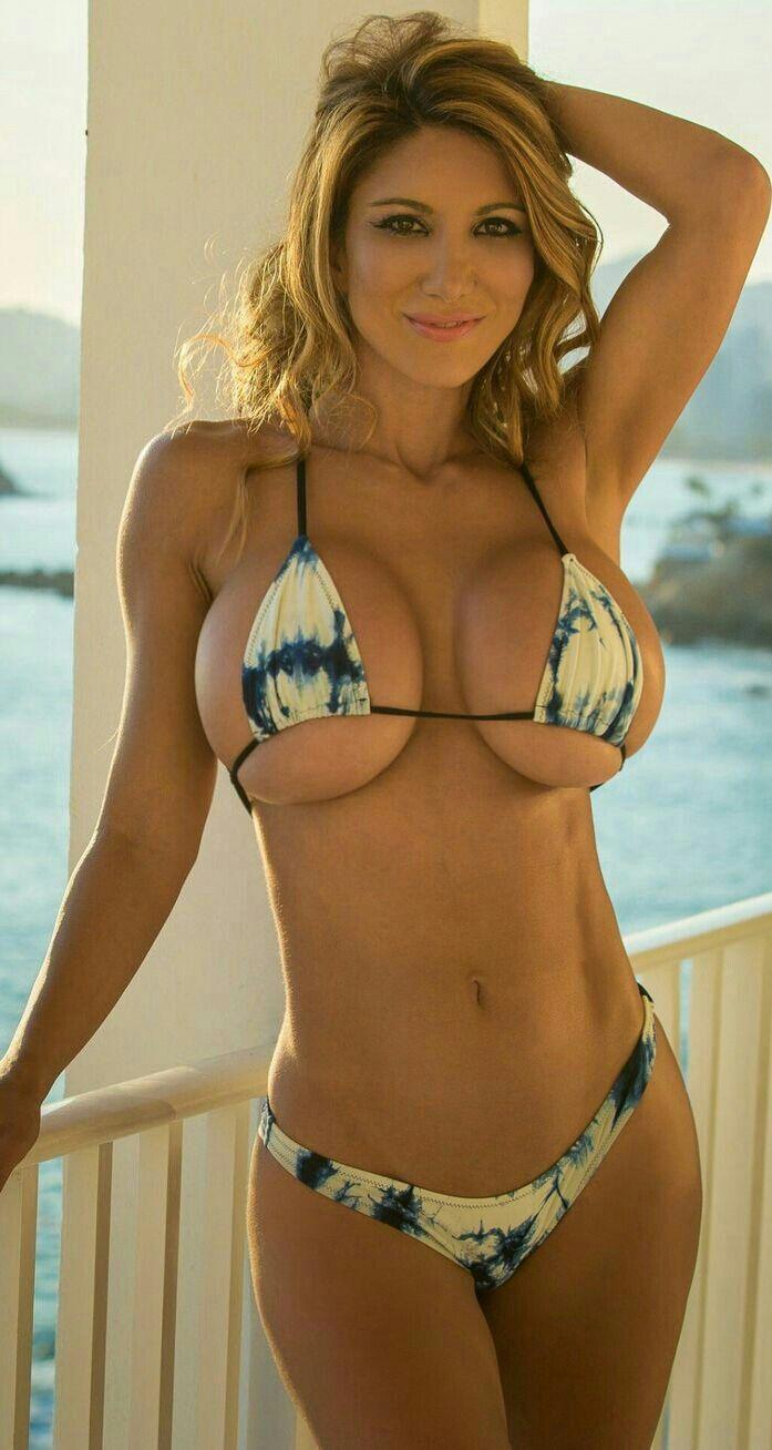 82b3454f0267 Pin de Anabella Arosemena en Beautiful boods | Chicas en bikini ...
