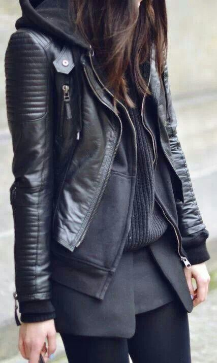 All Black Layering // #fashion #leather