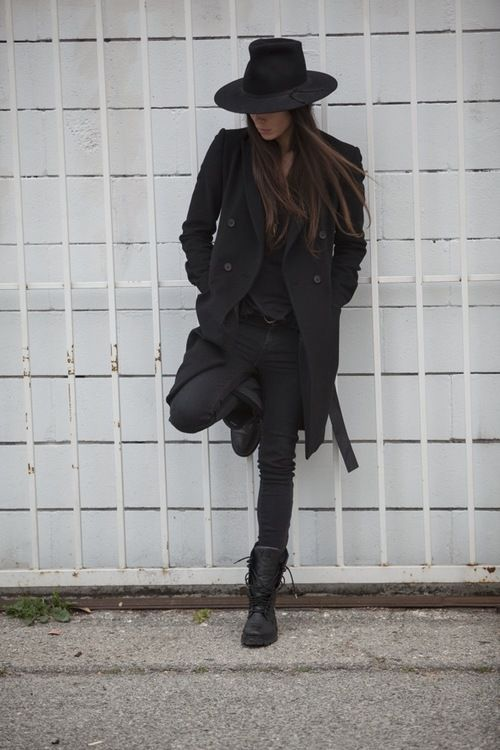 all black everything. More fashion, beauty and lifestyle over at @tomboychronicle