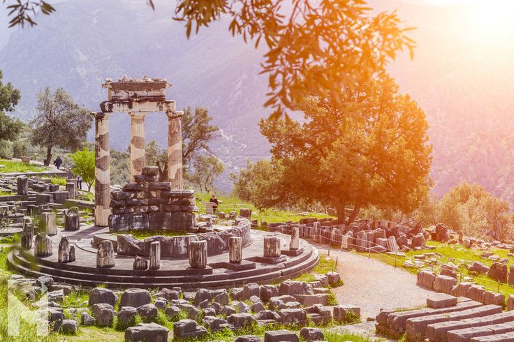 #Delphi was regarded by the ancient Greeks to be the centre of the world. According to ancient tradition, #Zeus released two eagles, one to the east and another to the west, and Delphi was the point at which they met after encircling the world. The spot was marked by a stone called the omphalos (navel), which was later housed in the Temple of #Apollo. #Mentor #MentorInGreece #HistoricRoutes