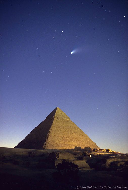 Comet Hale-Bopp over the Great Cheops Pyramid , 1997. Giza, Egypt