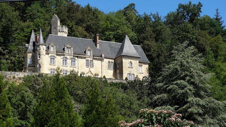 le château de Blanc des Olmières. Perpezac- le - Blanc. Limousin
