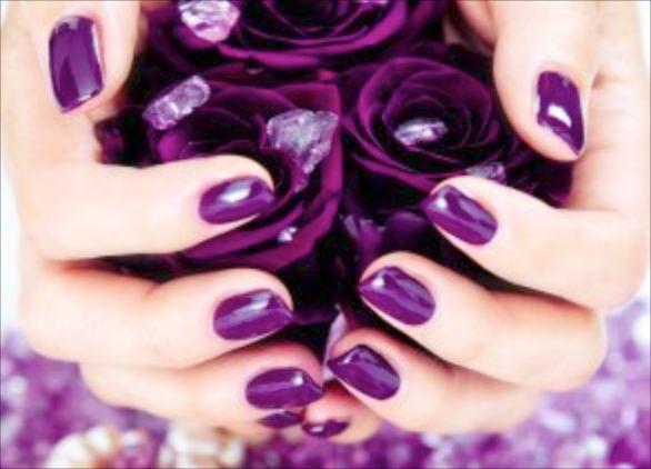 Calgel and Shellac: two different nail trends to try out!